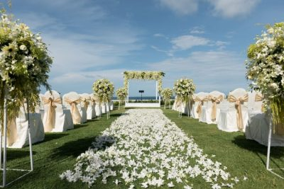 Tying the knot. Three destinations for an unforgettable day