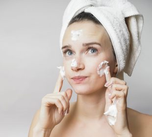 How To Prevent Forehead Wrinkle