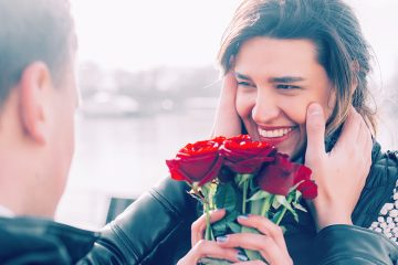 SURPRISE YOUR BOYFRIEND WITH AMAZING GIFTS OF ROSES ON SPECIAL OCCASIONS